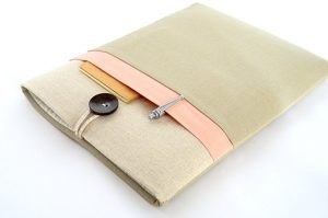bertie's clost handmade laptop sleeve